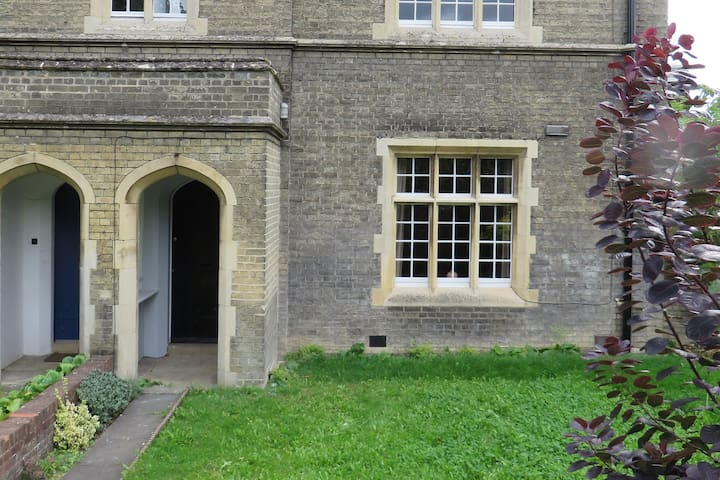 Child Friendly Period House in Cambridge