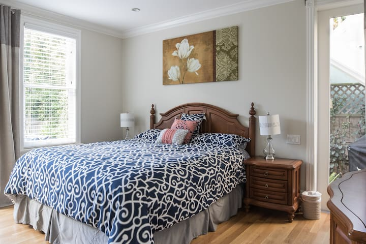 2br-1ba private guest-suite in Noe Valley