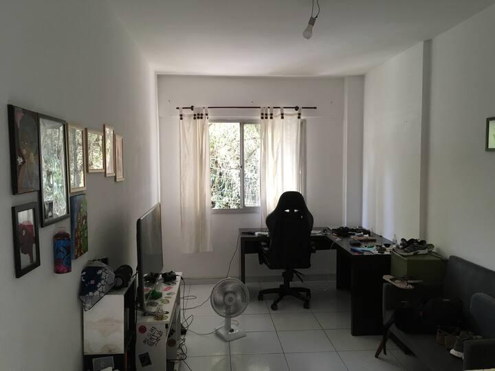 Apartamento no centro (Home Office ou lazer)