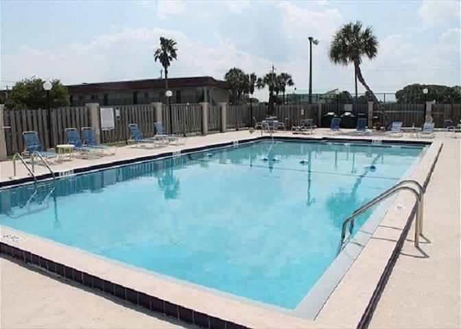 Pelican Inlet A105, Ground Floor, WIFI - St Augustine - Apartament