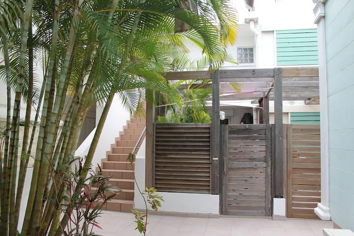 Appartement  calme au centre et proche de la plage