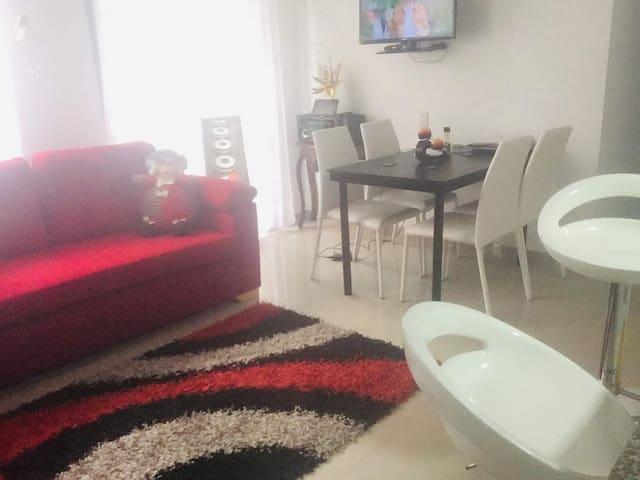 Cómoda y acogedora habitación