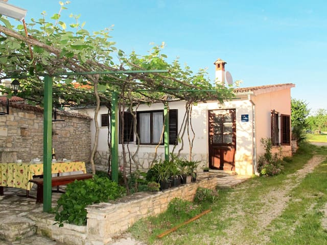Charming cottage Marijana w/ small courtyard with terrace, brick barbecue and parking