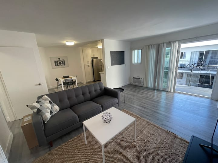 Modern Furnished 2BD/1BA with Parking Included