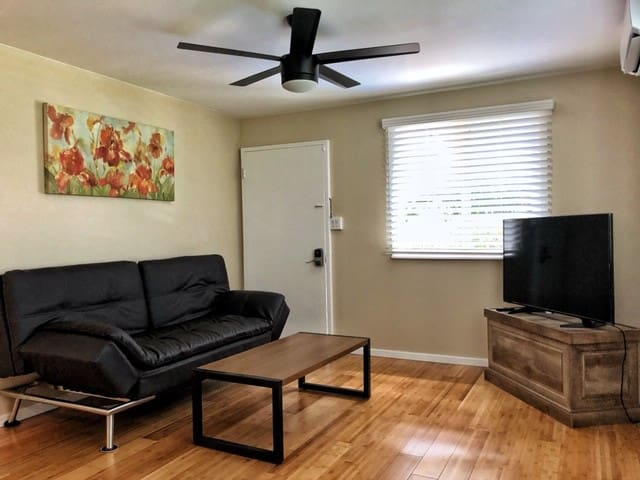 NEWLY RENOVATED Private 2BR/1 BA in GREAT Location