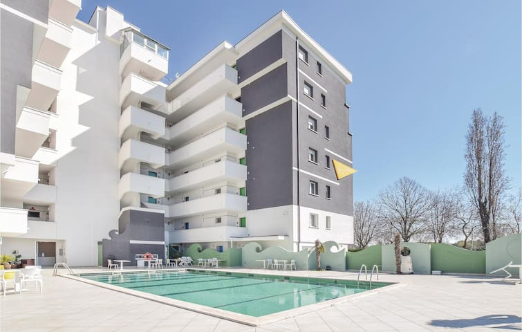 Holiday apartment with 2 bedrooms on 52m² in Miramare Rimini RN