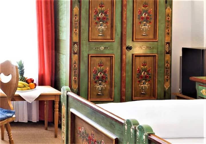 Hotel Storchen Bodensee, (Uhldingen-Mühlhofen), Familienzimmer, 22 qm, max. 4 Personen