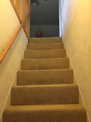 stairs to room