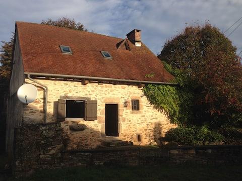 Beautiful Renovated 18th Century Cottage