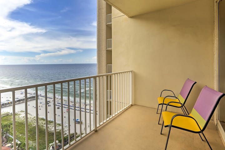 Shores of Panama Beach Condo w/Balcony & Views!