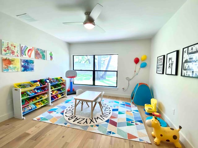 4th bedroom was converted to playroom but can easily fit our full-sized air mattress. Playroom is stocked with games and toys for kids and the perfect little table for coloring or remote-school.