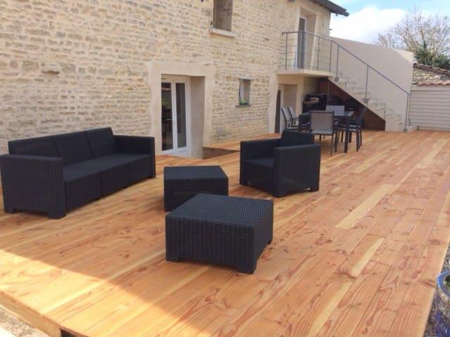 Accès à la chambre indépendant par la terrasse