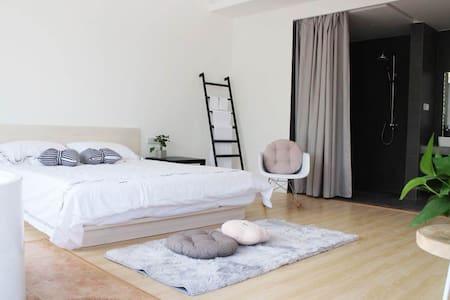 轻奢大床房 - Changzhou