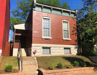 Bungalow 1/2  block from Historic Cherokee St