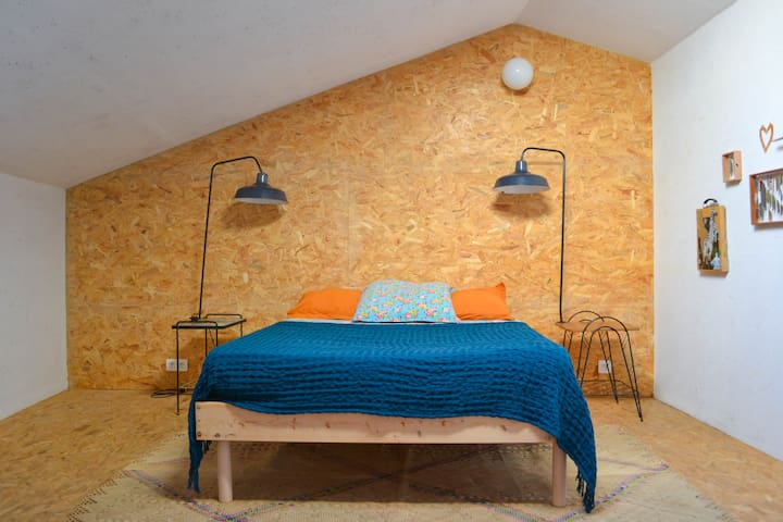 Chambre 2, spacieuse et climatisée