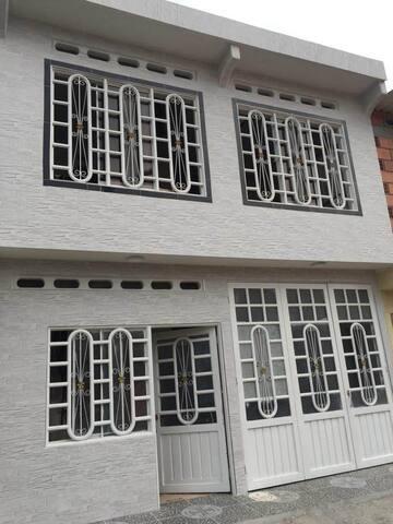 Hermoso apartamento completo en Mariquita Tolima