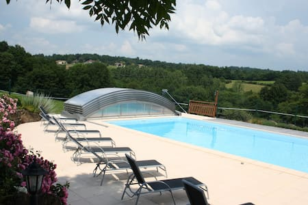 Gite 4 people, pool, spa, sauna. - Saint-Martin-de-Fressengeas - Haus