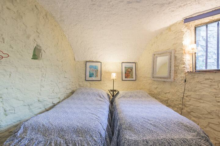 The Old Stables,Apricale, Liguria. - Apricale - Appartement