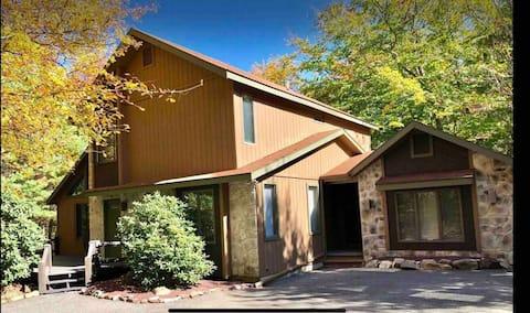 "The ""Mosey Moose Lodge"" at Lake Harmony"