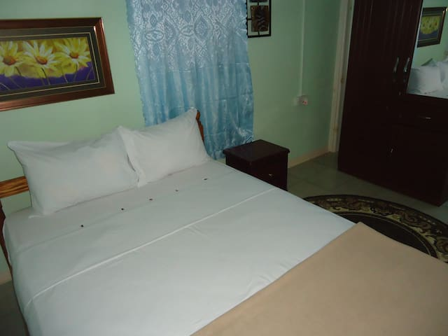 Room one.With double bed and Also airconditioned