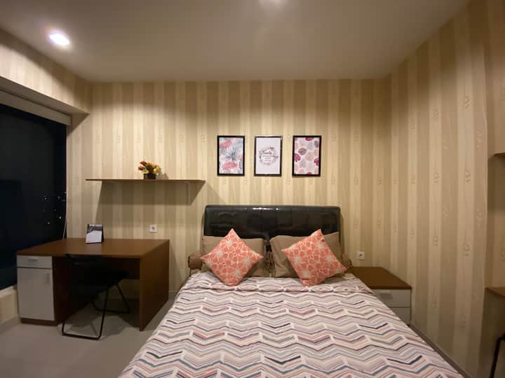 Studio Room Grand Kamala Lagoon by Mich