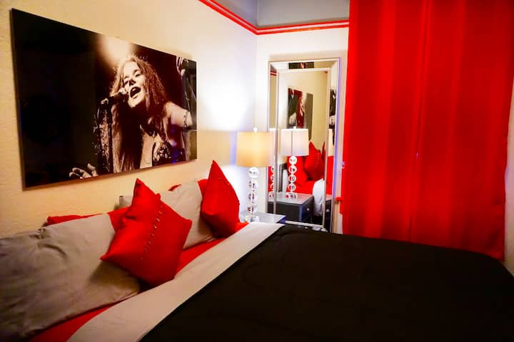 Music City Hotel, Janis Joplin Room