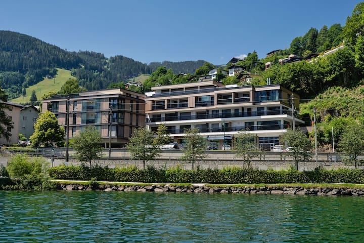 Apartamento de lujo en Zell am See en primera línea sobre el lago