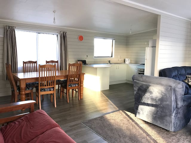 Timeout at Tokerau Beach- 3 bedrooms - sleeps 9