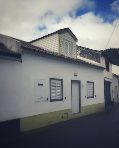 "The ""House of 2 Marias"" kept its original design, very representative of the traditional Azorean architecture."