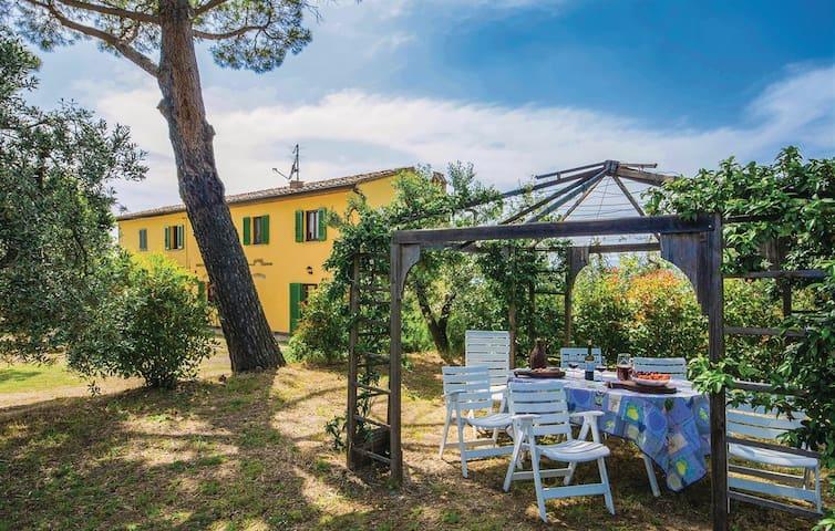 Il Melograno, a beautiful house in Vinci - Tuscany