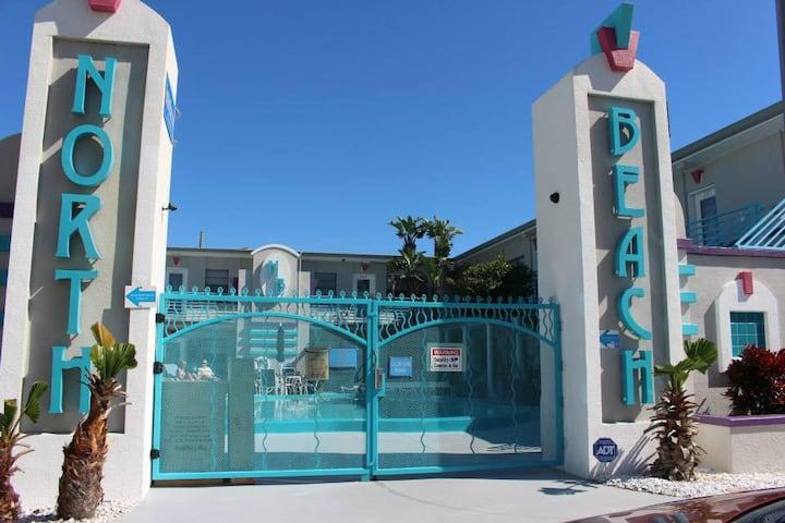 Royal North Beach - One Bedroom Luxury Condo 205