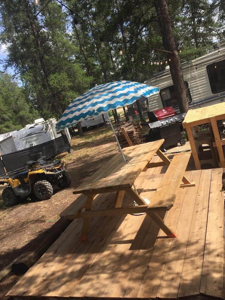 Sunnyside Camping get away