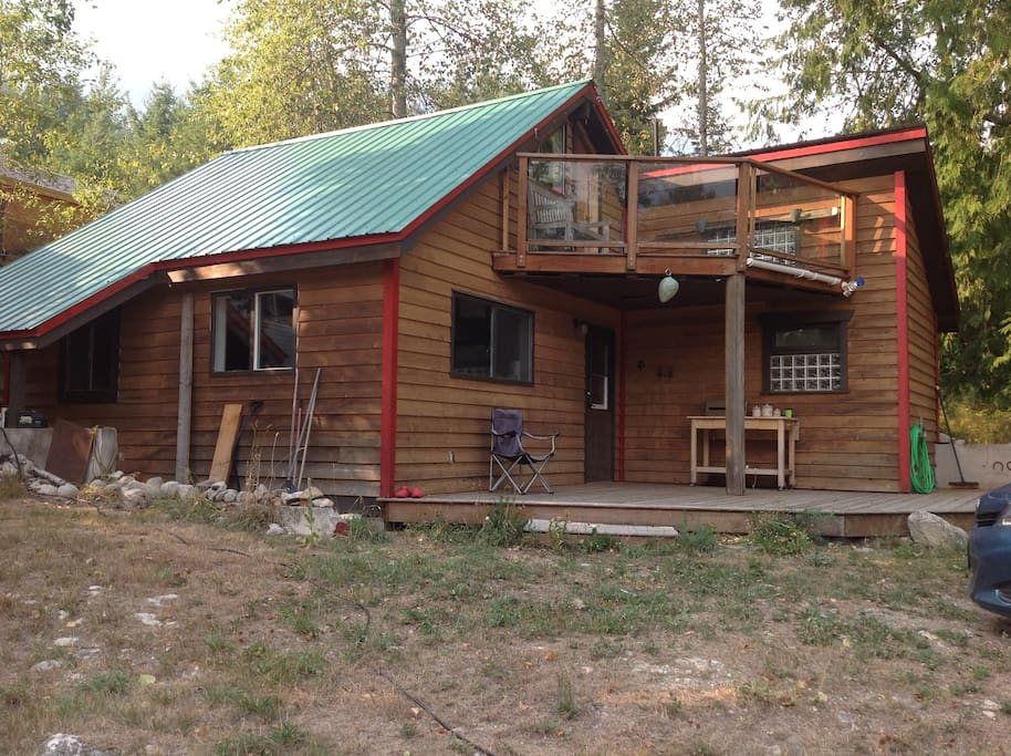 4mile cozy cabin cottages for rent in nelson british for Cozy canadian cottage