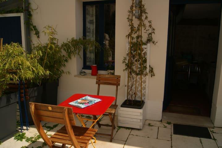 Petit Studio avec mezzanine Amboise centre