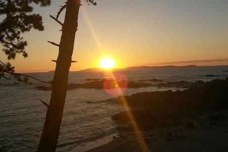Casa a pie de playa Lagos (bueu) - bueu - Huis