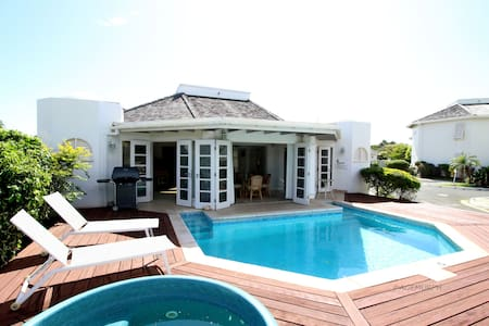 Plantations Golf Villa & Pool, wifi - Casa de campo