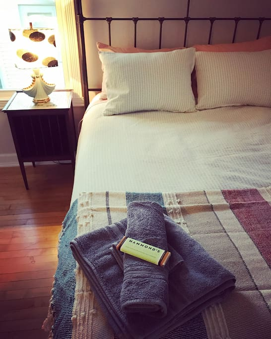 1st Guest Room