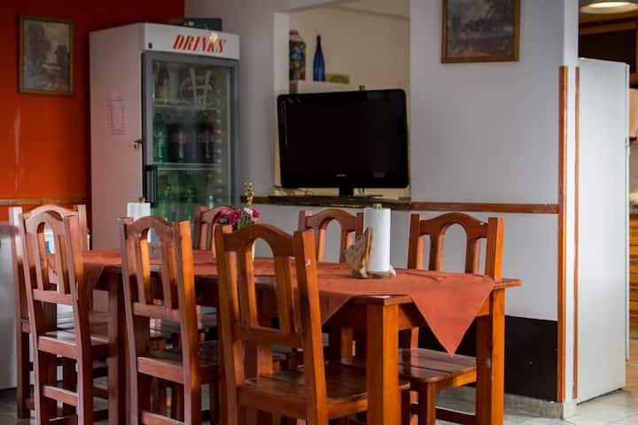 Hostel Carlos paz céntrico y ahora con pileta!!!!!