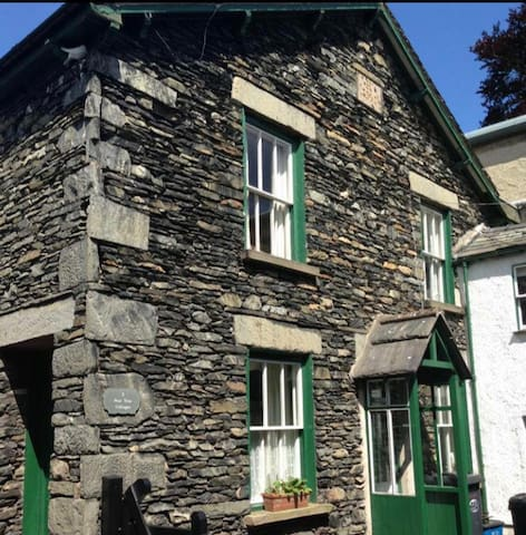 Pear Tree Cottage - Bowness-on-Windermere - Dům