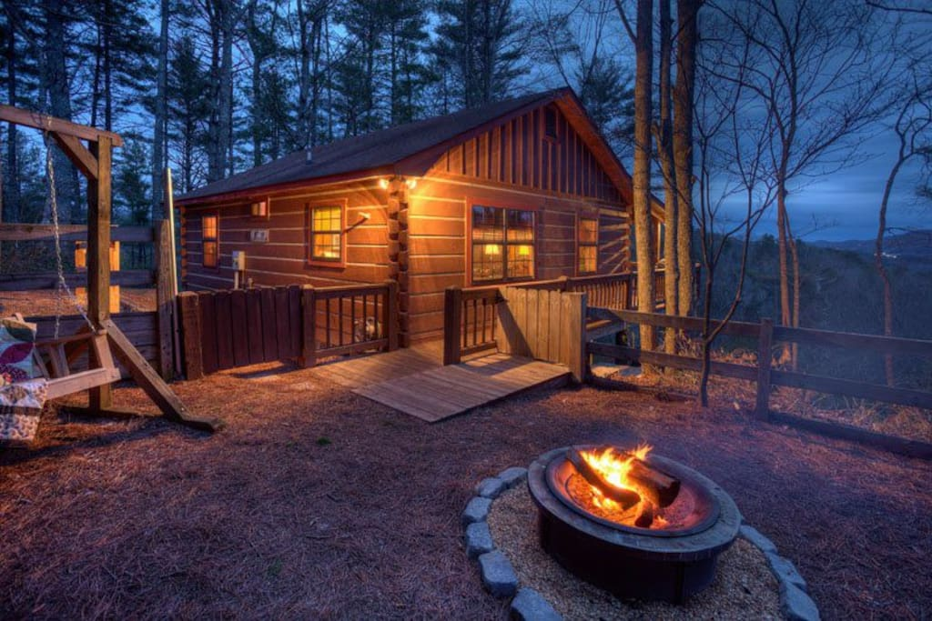 Bear view cove no pets cabins for rent in blue ridge for Bear ridge cabin rentals