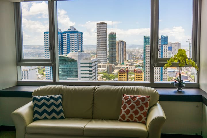 ** Fabulous View, Studio at St Francis Shangri-La