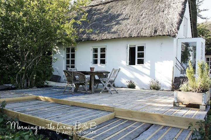 Country living close to the city - Aarhus N - Bed & Breakfast