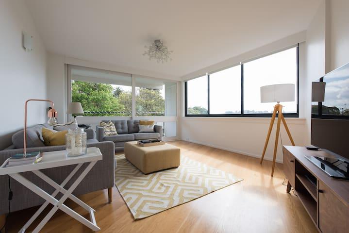 5* modern apt w/panoramic views - Double Bay - Apartemen