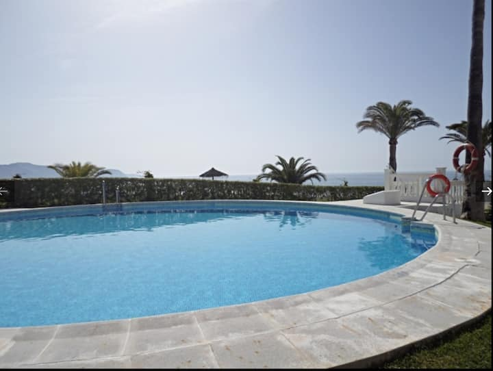 las palmeras 80 1 bed frontline beach apartment