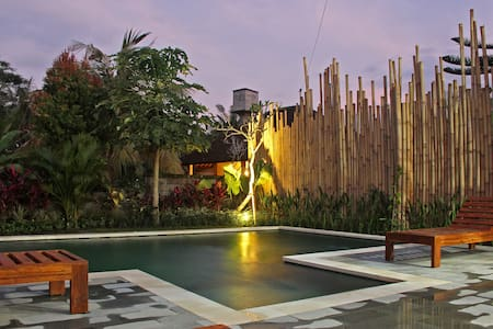 AMAZING~ GUESTHOUSE~CLOSE~7 MIN TO.UBUD~AGUS & AYU - Ubud - Guesthouse