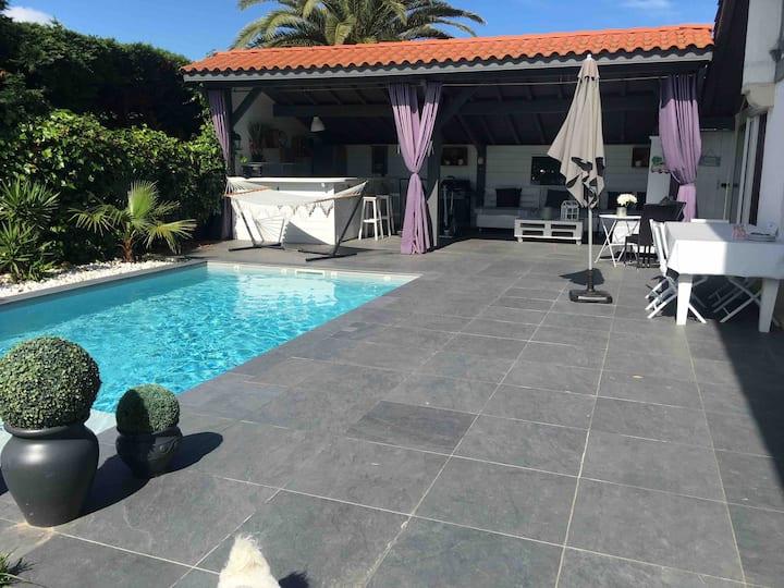 Bidartplage chambre/jaccuzi/piscine/terrasse privé