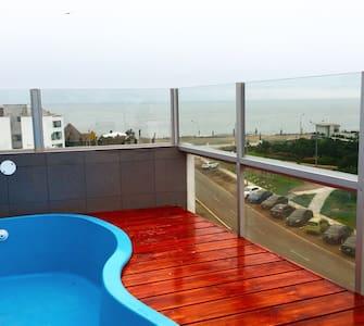 Casa de playa , san bartolo, lima - Lima