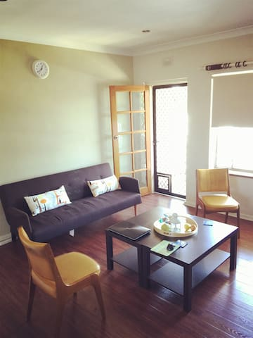 Private single room close to CBD :) - Broadview - Apartemen