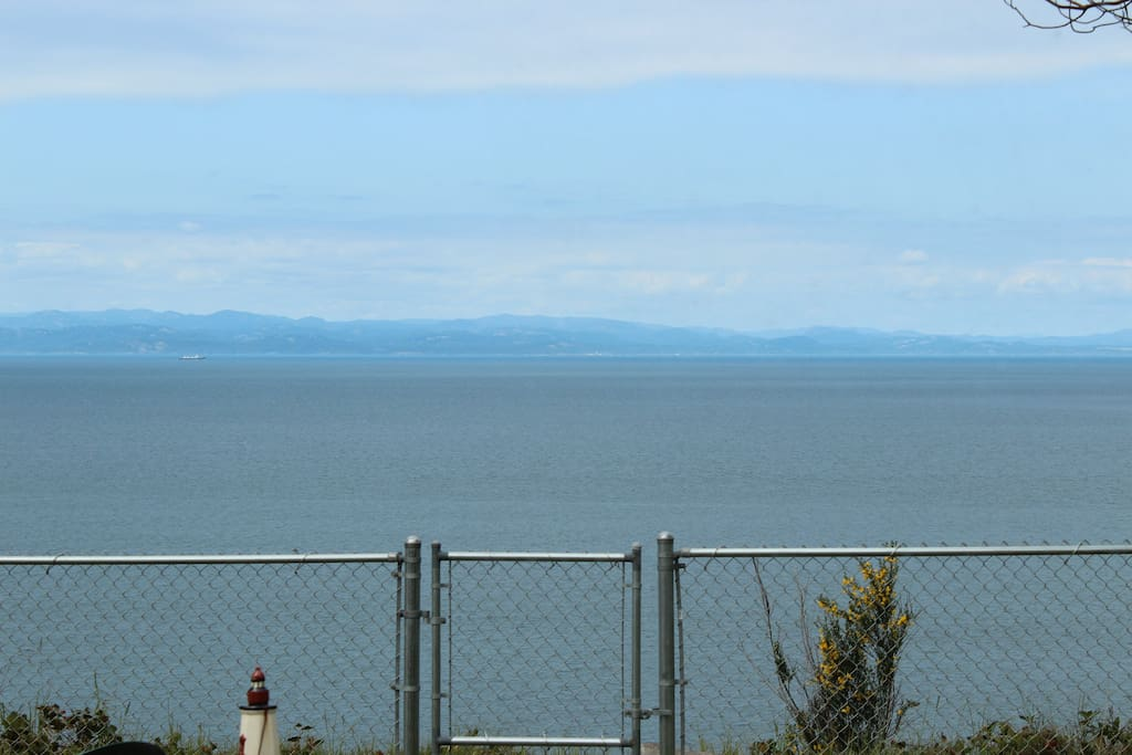 View from the living room. We are right on the bluffs.