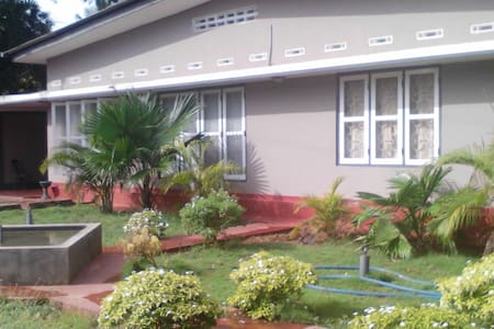 Holiday home/ private rooms for rental - Jaffna - Urumpirai West